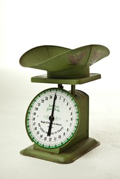 vintage kitchen scale w/scoop - american family (1906 model)  i have one of these that was my moms!