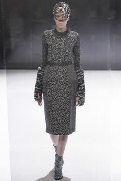 http://www.vogue.com/fashion-shows/fall-2016-ready-to-wear/anrealage/slideshow/collection