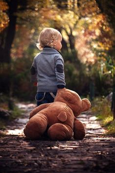 As every season passes, cherish every moment you have with your little ones. This photo is such a quaint reminder of childhood memories during those cozy fall months. with a teddy bear Cute Kids, Cute Babies, Baby Kids, Baby Boy, Precious Children, Beautiful Children, Toddler Photography, Family Photography, Party Photography