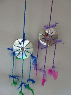 Dromenvangers/dreamcatchers Cd Crafts, Diy And Crafts, Crafts For Kids, Arts And Crafts, Indian Theme, Cd Art, Indian Crafts, Western Theme, Weaving Projects