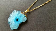 OOAK 1 Piece of Pastel Blue Agate Druzy Geode Slice Pendant / 14K Golden Plated Edged / 14K Gold Plated Necklace (Erfen) (14-12-13)(tu)