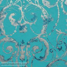 Papel Pintado Flock 4 95691-5, papel de fondo turquesa con dibujo de imitación a los candelabros en tonos de grises y plata.