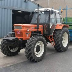Tractor Pictures, Classic Tractor, Old Tractors, Heavy Machinery, New Holland, Fiat, Cars And Motorcycles, Survival Tips, Automobile