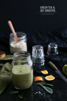 Green Tea And Oat Smoothie - Cook Republic - Yup, definitely going to make this. Keto Smoothie Recipes, Healthy Smoothies, Healthy Drinks, Healthy Snacks, Smoothie Ingredients, Green Smoothies, All You Need Is, Raw Food Recipes, Healthy Recipes