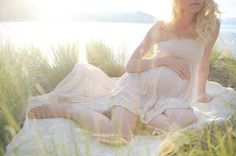 white linen maternity photography