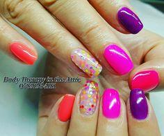 Dotty brights....  #gelllmanicure #merrygoberry @gel_two #diamondglitters #purpletwighlight #florabora #tropicalcraze #mangotango @diamondglitters #nailart #nailledit #nails #nailswag #nailsecret #nailsofinstagram #geloverlay #healthynails @scratchmagazine @nailsmagazine