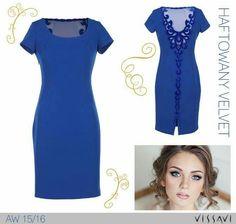 e6ee2ce0a1 Dużo łatwiej czerpać z życia w pięknej oprawie! Dopasowana sukienka o  klasycznym kroju i pięknie