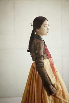 Hanbok by baekoaksoo