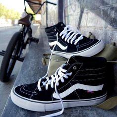 Zapatillas Vans Sk8-Hi Pro oldskool negras para hombre y mujer modelo pro  válido para 50e79a32adb