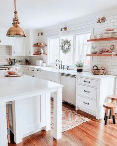 Home Interior Kitchen .Home Interior Kitchen Modern Farmhouse Kitchens, Home Kitchens, Cottage Farmhouse, Kitchen Modern, Farmhouse Homes, Farmhouse Decor, Minimal Kitchen, Bright Kitchens, Dream Kitchens
