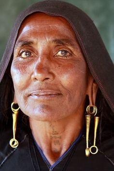 Rabari woman in Bhujodi village. India-the eyes are the window to the soul