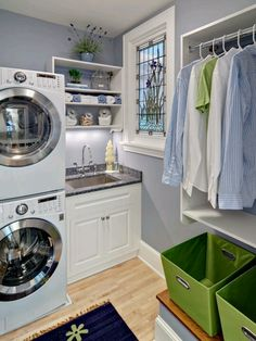 Efficient use of small spaces - 19 small Laundry Room design Ideas. Room Remodeling, Home Organization, House Design, Laundry, Clothes Drying Racks, Laundry Room Organization, Laundry In Bathroom, Room Makeover, Room Design