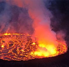 Image: Worlds largest lava lake on the Nyiragongo volcano in the Democratic Republic of Congo ( Carsten Peters/Nat Geo Stock/Caters News Agency) awesome pin Mother Earth, Mother Nature, Volcan Eruption, National Geographic Images, Erupting Volcano, Sunshine Love, Active Volcano, Natural Phenomena, Congo