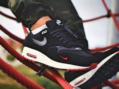 Nike Air Max 1 Mini Swoosh Bred - 2018 (by nirmax) Sole Trees designs high  quality premium shoe trees for sneakers that reverse and minimize creasing  and ... d891210d6