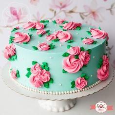 Panda Birthday Cake, Creative Birthday Cakes, Beautiful Birthday Cakes, Cake Decorating Frosting, Cake Decorating Designs, Creative Cake Decorating, Buttercream Birthday Cake, Buttercream Cake Designs, Bolo Mickey Baby