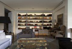 book cases - Chic Fashion Pins : The Cutest Pins Around! Dining Room Design, Modern Decor, Decor, Rich Decor, Bookcase, Home, Interior, Decor Essentials, Home Decor