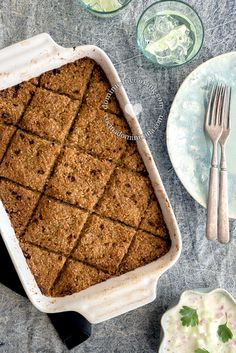 Baked Kibbeh (Kipe) is lighter than traditional fried ones, I find it more flavorful and moist, and easier to make for beginners. Arabic Dessert, Arabic Food, Arabic Sweets, Comida Armenia, Craving Bread, Dominican Food, Dominican Recipes, Eastern Cuisine, Salads