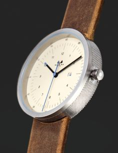 Supernova by Mona, Bordeaux, France http://www.monawatches.com/16-hms---date-supernova.html