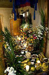 Dia de los Muertos - Zinacantan, Chiapas, Mexico (joven_60) Tags: dayofthedead mexico maya altar diadelosmuertos muertos chiapas indigenous zinacantan ofrenda folkclore