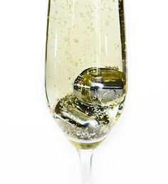 Reusable Wine Pearls/Stones, Set of 4