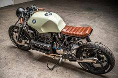 Business seems good for Dutch builders Ironwood Motorcycles. Last week it was their sweet restomod Honda that garnered a great response. This week, it's a Flying Brick that's reminded us how no serious custom garage collection is complete without at least one example of Bavaria's take on the inline four. And if we had to choose one right now to add to the collection, it'd be this cafe'd...
