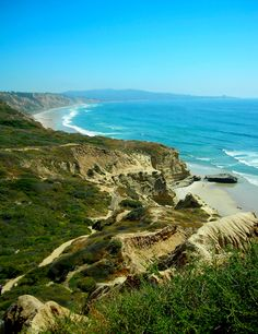"Torrey Pines, San Diego-we took the trail called ""fat man's misery"" - ha,ha Oh The Places You'll Go, Places To Visit, San Diego Travel, Torrey Pines, San Diego Houses, California Dreamin', Vacation Spots, Wonders Of The World, State Parks"