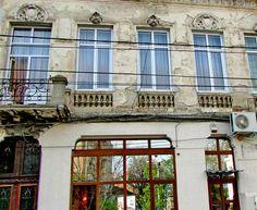 Vanzare Apartament de 5 camere pe strada Sfintilor, Bucuresti
