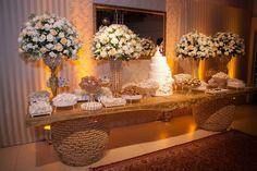 #HLo Tips: El momento mas dulce de tu boda, poner mesa de chocolates y mazapanes.