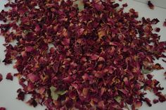 Dried Rose petal Confetti in red to fill cones, sachets,buckets and baskets to give out to your guests for that wonderful confetti photo. Please see my shop for Cones, sachets and buckets.Also makes excellent table confetti.  These petals are all natural and air dried with no added colour. Most venues will ask for this kind of natural confetti, why throw litter when you can throw these gorgeous natural petals.  The petals are packed into approx 1 litre bags with enough to fill 12 of the…
