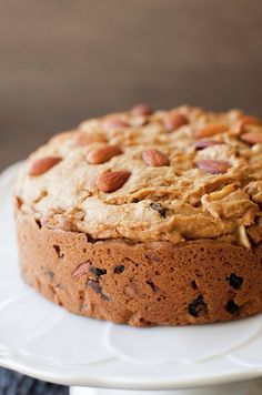 This is a family recipe an as such for me there is no better than this Christmas Dulce de leche Cake or Chilean fruitcake or Pan de Pascua. Christmas is not Christmas without eating this … Fig Cake, Pear Cake, Tamales, Chilean Recipes, Chilean Food, Roasted Peanuts, Banana Bread, Food Processor Recipes, Bakery