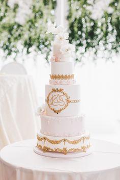 Follow @FSToronto for more wedding inspiration! #Wedding #TorontoWedding #AriaBallroom #FSWeddings #FourSeasons #Toronto Photo: PurpleTree – Samira and Joseph's Wedding