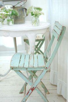 minty aqua chair