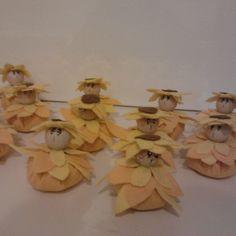 Piccoli girasoli in feltro idee bomboniere
