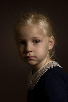 Rudi Huisman   LensCulture Portrait Photography Men, Photo Portrait, Portrait Art, Classic Portraits, Best Portraits, Child Portraits, Human Poses Reference, Great Works Of Art, Portrait Lighting