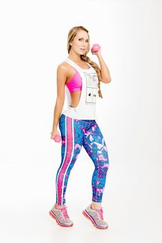 FIBER, our bestselling brand, brings you these sporty multi-colored printed compression leggings that are sure to become your go-to workout pants. The luxe fabric moves & stretches with you while the Cheap Athletic Wear, Cute Athletic Outfits, Cute Gym Outfits, Athletic Clothes, Affordable Workout Clothes, Sexy Workout Clothes, Workout Clothing, Fitness Clothing, Striped Leggings