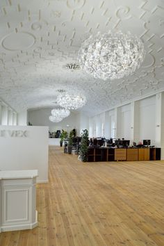 #Hope http://www.luceplan.com/Projects/1/11/687/Ghost-VFX-Office