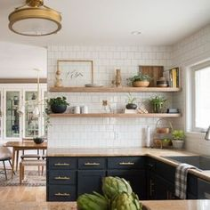 Check out this DIY kitchen renovation which includes all the tutorials for everything! You have to see the BEFORE! #l shape kitchen