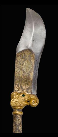 Indian (Northern) bhuj, 18th century, steel, gold, gilded silver, gems, wood, velvet.