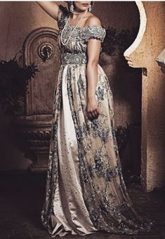 Arab Fashion, Womens Fashion, Eastern Dresses, Traditional Dresses, Pretty Dresses, Party Dress, Fashion Dresses, Bride, Formal Dresses
