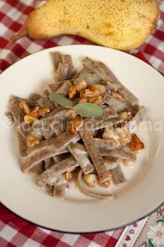 la cucina di mamma: Pizzoccheri alle pere