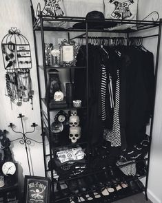 "The Goth Housewife: Photo - gothichomemaking: ""Ahh, a closet to die for. "" Informations About The Goth Housewife: Photo Pin - Emo Bedroom, Grunge Bedroom, Room Ideas Bedroom, Bedroom Black, Decor Room, Wall Decor, Dark Home Decor, Goth Home Decor, Gypsy Decor"
