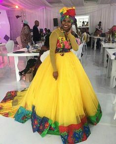 Look at these traditional african fashion 7812 Latest African Styles, Latest African Fashion Dresses, African Men Fashion, Africa Fashion, African Beauty, Ethnic Fashion, African Print Dress Designs, African Print Dresses, African Dress