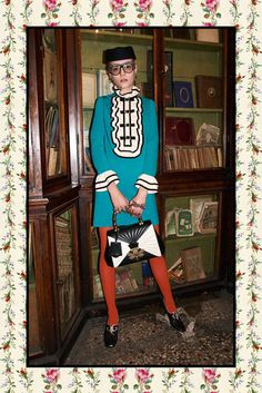 Gucci Pre-Fall 2017 Collection Photos - Vogue Look Fashion Week, Fashion 2017, Runway Fashion, Love Fashion, Fashion Brands, High Fashion, Fashion Show, Fashion Outfits, Womens Fashion