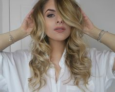 Fashion Influx: THE BLOW: BIG BOUNCY CURLS