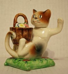 Vintage Cat Sitting on Pillow and Flower Basket Salt and Pepper Shaker | eBay