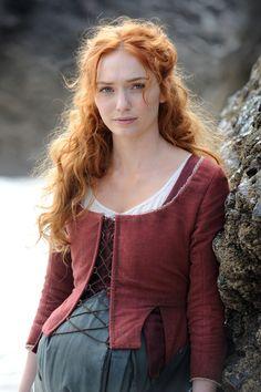 Eleanor Tomlinson as Demelza Demelza Poldark, Foto Portrait, Scarlett, Medieval Fashion, Beautiful Redhead, Redheads, Character Inspiration, Curly Hair Styles, Hair Beauty