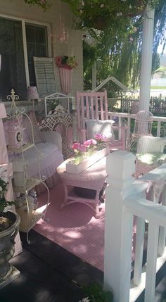Marvelous Cool Tips: Shabby Chic Diy Gifts shabby chic garden patio.Shabby Chic Marvelous Cool Tips: Shabby Chic Sofa, Shabby Chic Terrasse, Shabby Chic Veranda, Shabby Chic Patio, Shabby Chic Zimmer, Shabby Chic Vanity, Estilo Shabby Chic, Shabby Chic Baby Shower, Shabby Chic Living Room