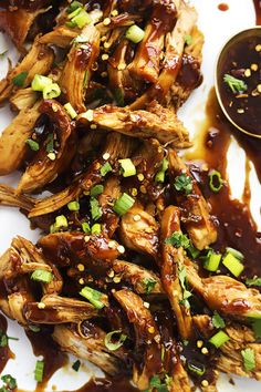 Slow Cooker Honey Garlic Chicken | Creme de la Crumb