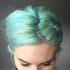 Beautiful seafoam green on @clancypantsss after using Siren's Song.