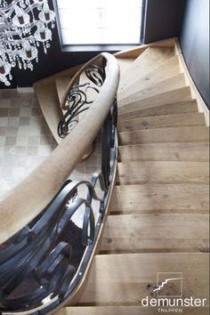 Trappen - klassiek | Trappen Demunster, Waterven Heule, Trap, Trappen, Houten trap, Betontrap, Designtrap, Ronde trap, Ronde spiltrap, Spiltrap, Kasteeltrap, Klassieke trap, Trap met kuipstuk, Zwevende trap Stair Art, Stair Banister, Iron Stair Railing, Banisters, Inspire Me Home Decor, Room Goals, House Stairs, Stairway To Heaven, Room Interior Design